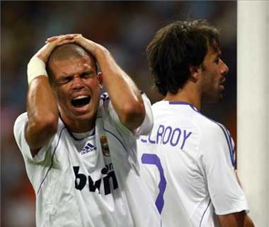 ¿Esa cara habrá puesto Pepe? La foto es de blogfutbolero.com