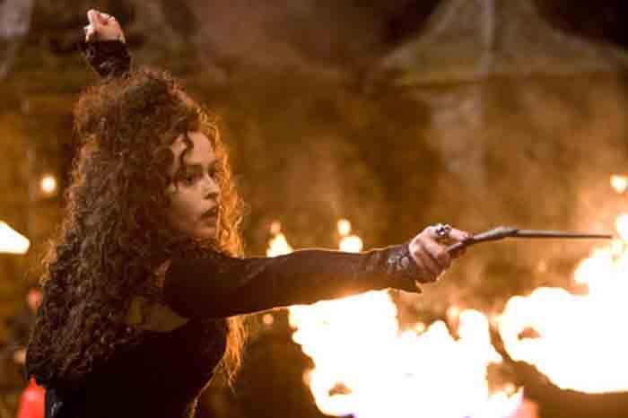 Bellatrix Lestrange ataca La Madriguera