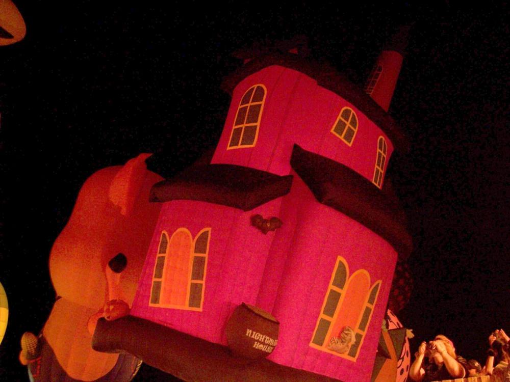 La casa de la bruja. Festival Internacional del Globo León 2009